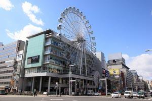 業界ニュースSUNSHINE SAKAEが10周年アニバーサリーを開催(京楽エンタテインメント・リテイルズ)
